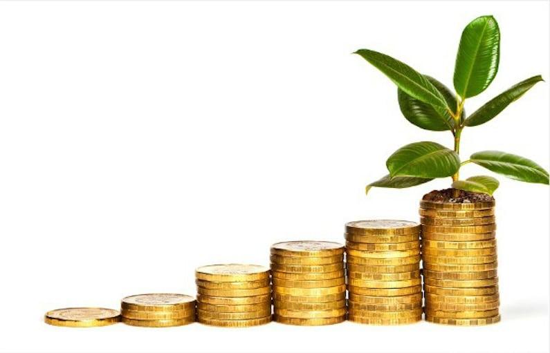 pila de monedas que sugiere crecimiento